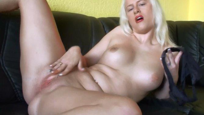Amateur Porn -Dirty Panties61-2