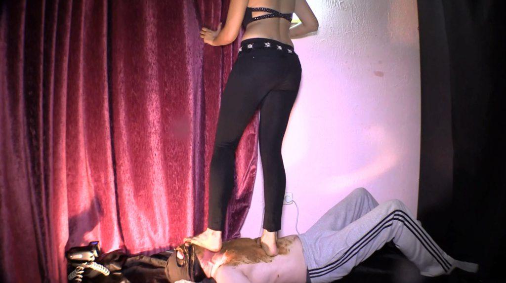 Mistress Diana 011-3