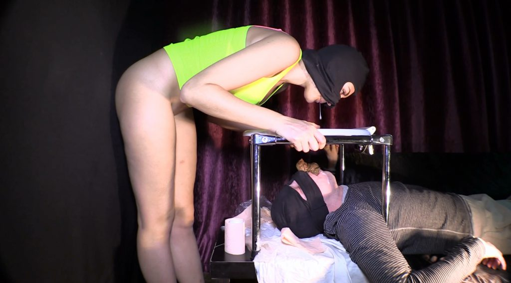 Mistress Diana 019-3