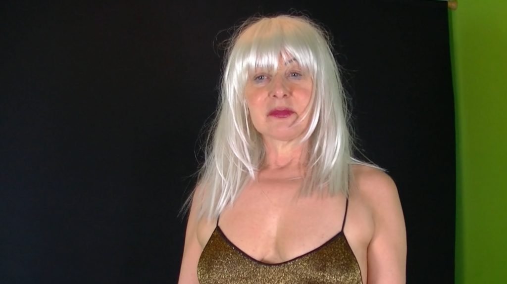 Lady Jeanette Bizarre in Lick my shit-1
