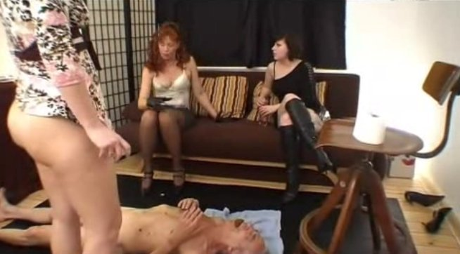 Scatqueens-Berlin.com - lady katherina first time scat-3