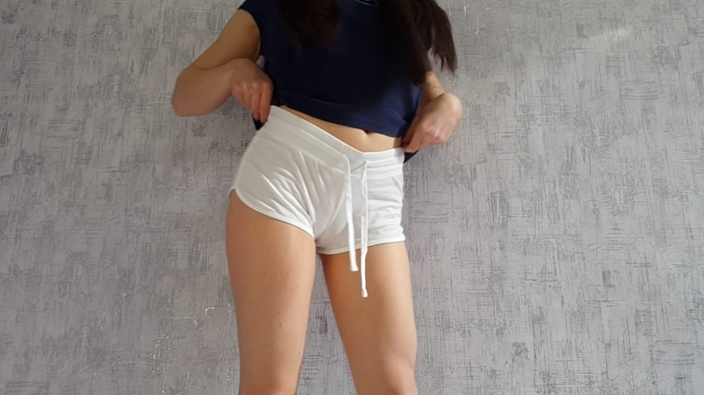 Anna Coprofield – White shorts and smearing - 1