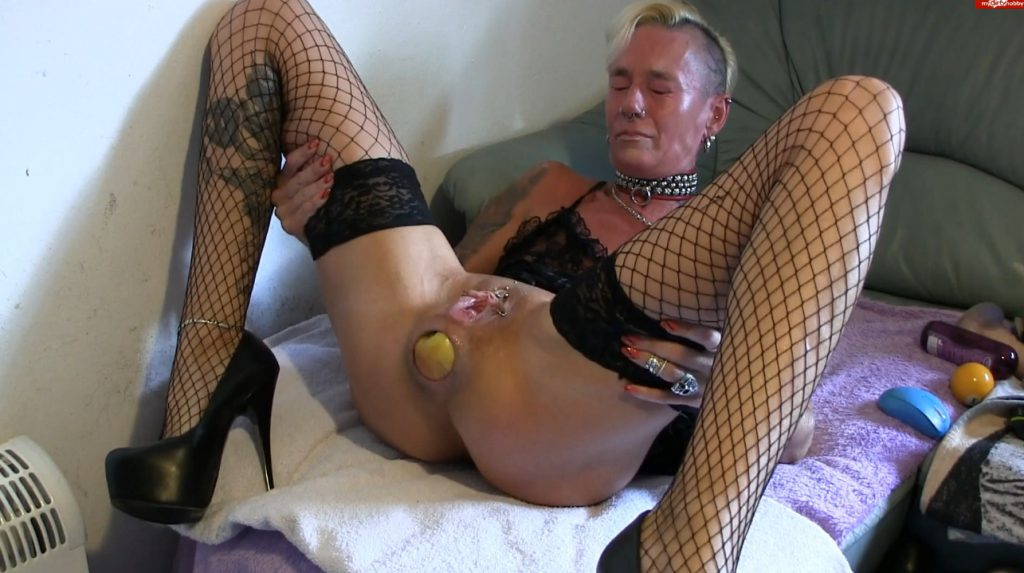 Apple insertion - Lady-isabell666 (FULL HD)-6