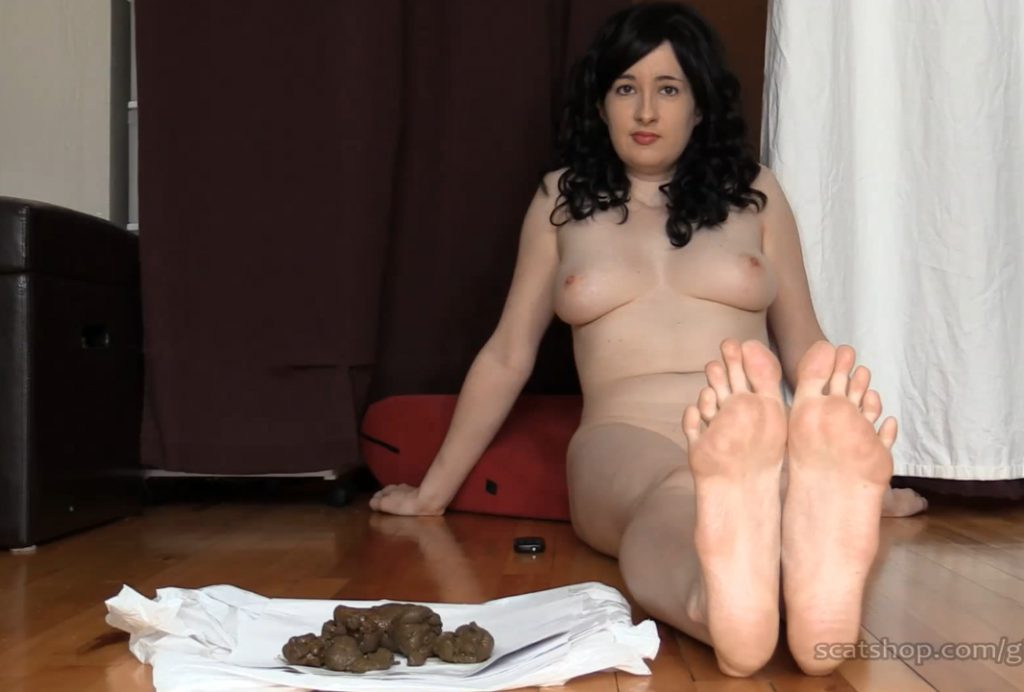 Dirty feet slave
