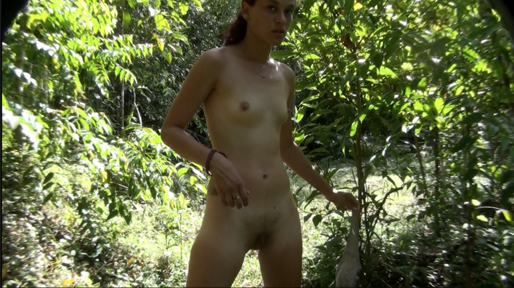 Solo Scat Columbia Total Amateur - 7 scenes of real amateurs shit and pee - Screen 5