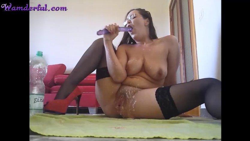 Wamderful - Claudia Shitter Video 25 - Screen 2