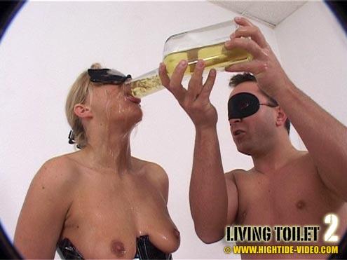 Living Toilet 2 - Screen 3