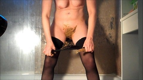 Cosmic Girl Summer - Poopy Glass Wand In My Pussy - Image 4