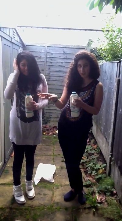 Milk challenge on backyard (SiteRip) Img 1