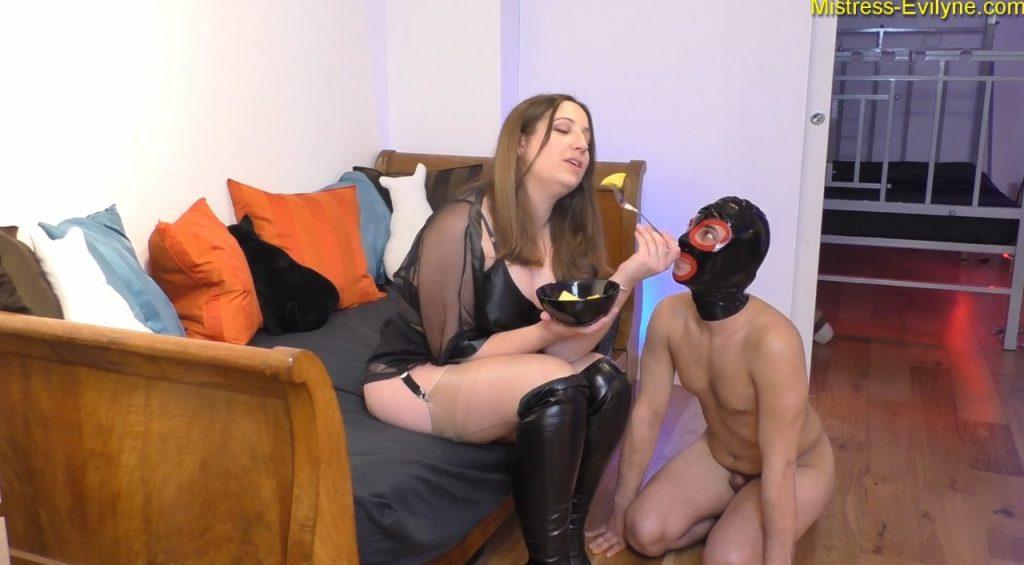 Mistress Evilyne - Italian Shitbag (BBW scat in FULL HD 1080p) Img 1