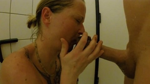 Shit snack on the sauna loo with scatsusan (FULL-HD 1080p) Picture 4