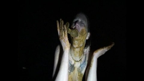 In the dark outdoor my enema and let fuck (FHD-1080p) Picture 3