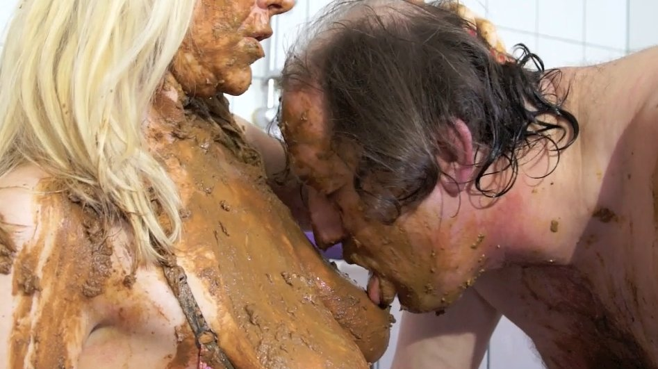 Isabelle Extreme and Mature Couple - Schweinerei - 3