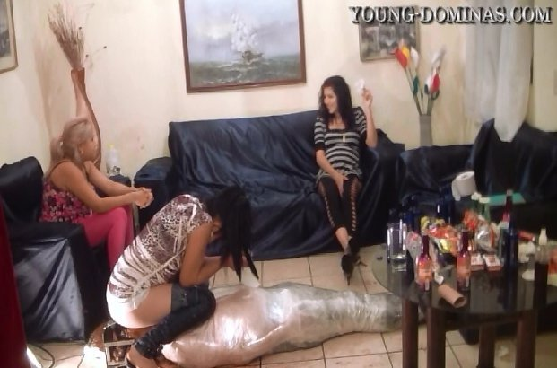 Wrapped Up and Filled Up Untill He Pukes (young-dominas.com)