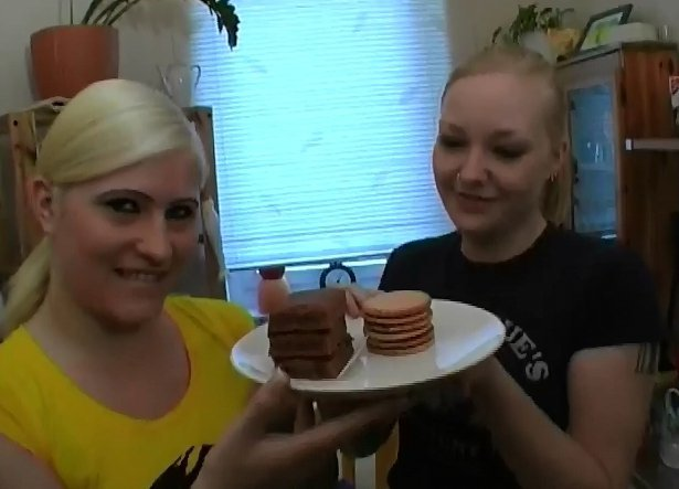 Two in one - fantastic babes cooking 4 you