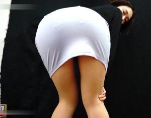 girls-in-pantyhose-erotic-pooping-in-plate-2