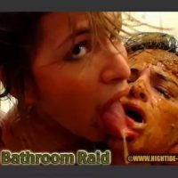 The Bathroom Raid – Messy Paula, Scatdoll [hightide-video]