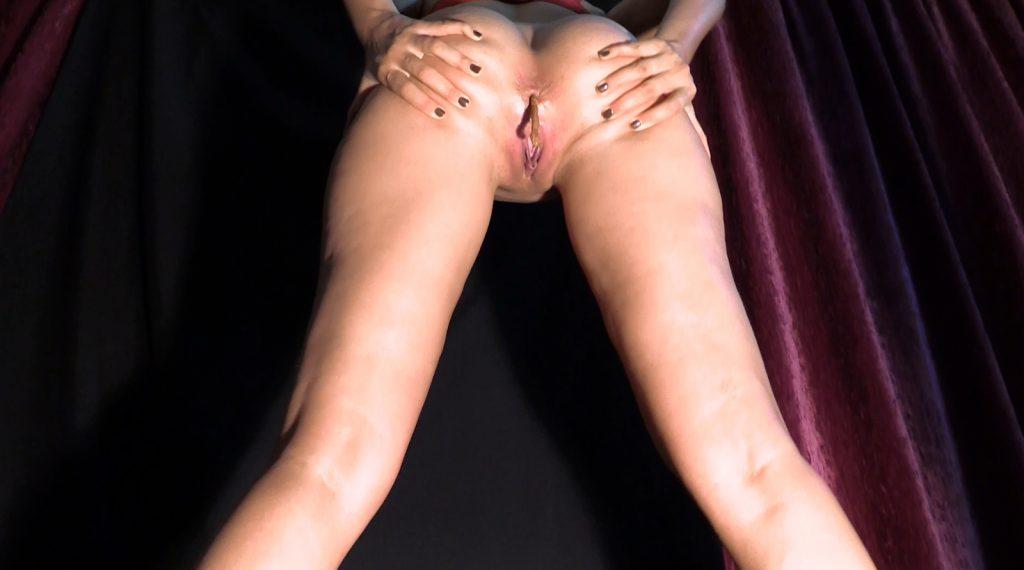Mistress Diana 021-2