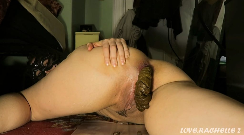 Love Rachelle Shits At Home And Self Filmed - Full HD 1080p