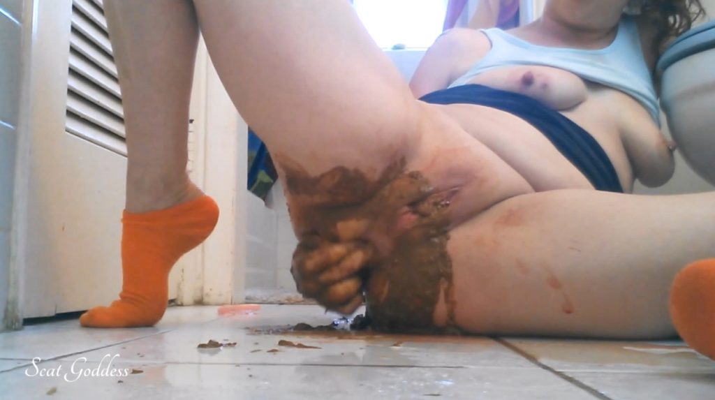 Scat Goddess Amanda - Worship MY Filthy Ass - Horny Messy Poop - 1