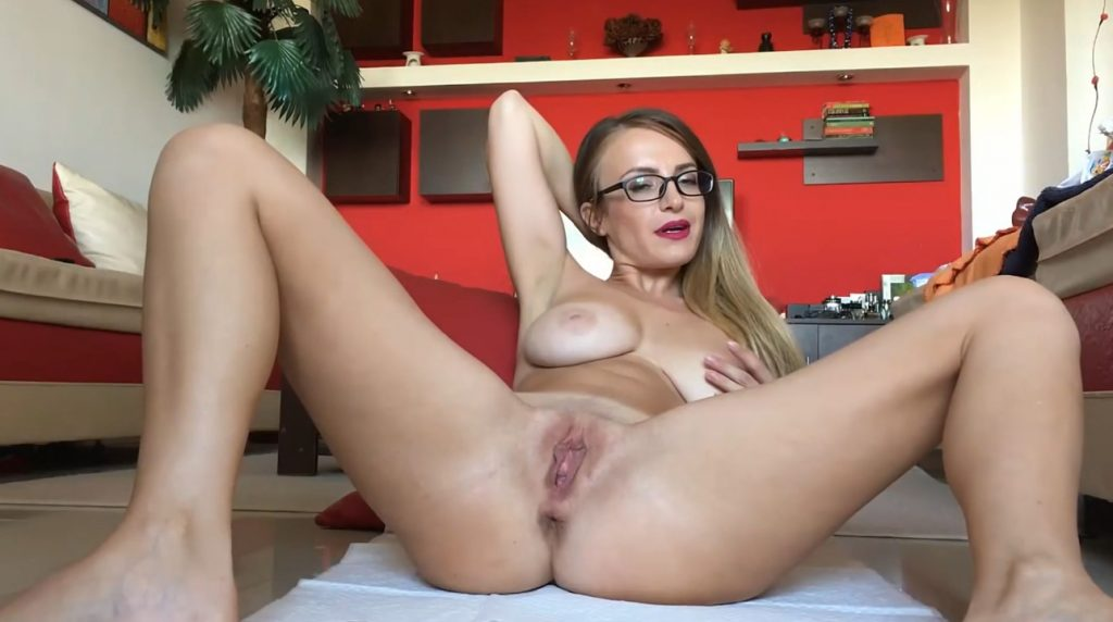 Eat The Grapes From My Ass And Smell My Farts (Josslyn Kane Scat Porn)