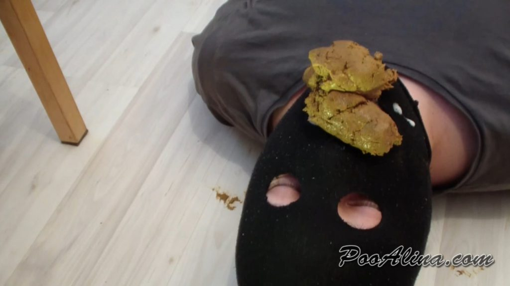 PooAlina - Pooping and spitting in slave mouth - 4