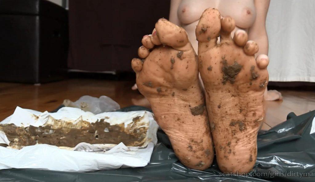 DirtyMaryan - Pooping For Foot Fetish Scat Slave 6