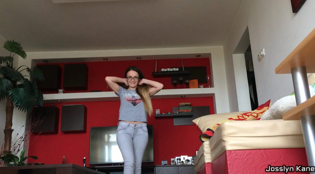 Josslyn Kane - Pooping My Favorite Jeans (FHD Scat)-6
