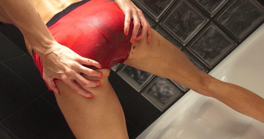 Red Brown Panties in Full HD 1080p - Qu33nSn@ke - 5