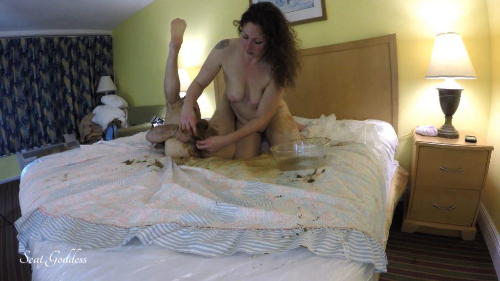 Scat Goddess Amanda - Servant M's First Taste of Scat 6