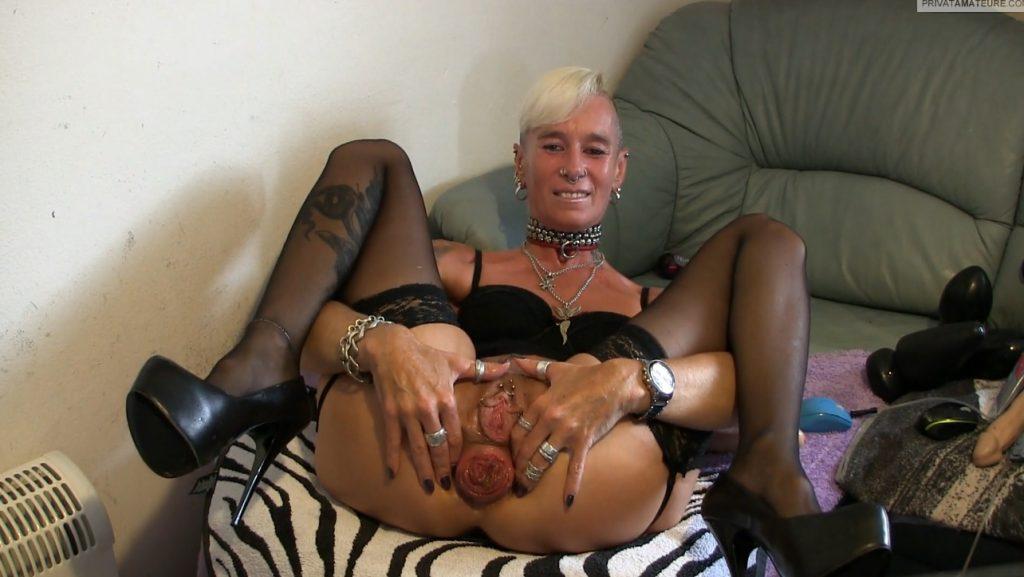 lady-isabell666 - Prolapse (Asshole Posing) - 3