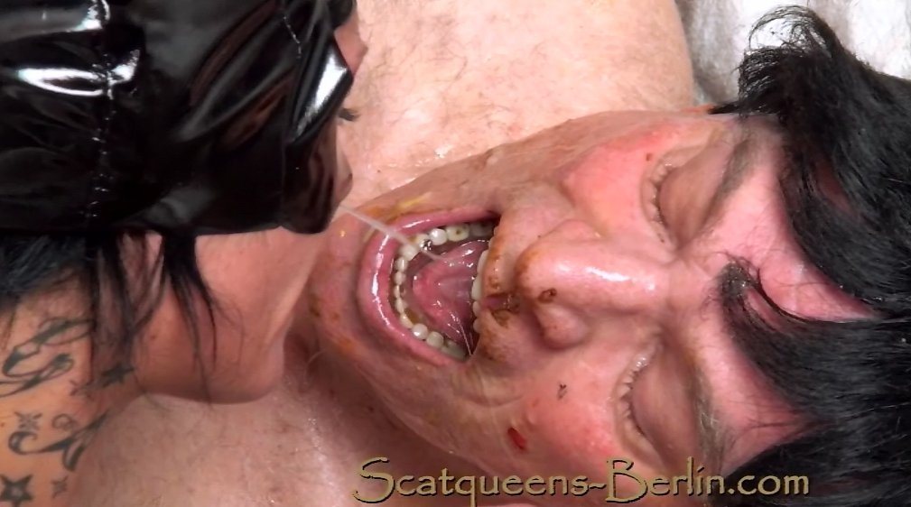 Scat queens have fun with a Human Toilet P2 - Screen 6