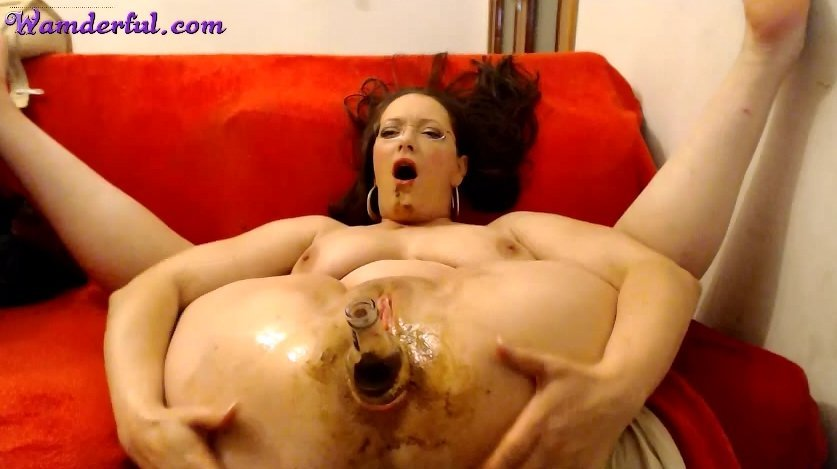 Wamderful - Claudia Shitter Video 01 (Extreme Fisting With Shit)