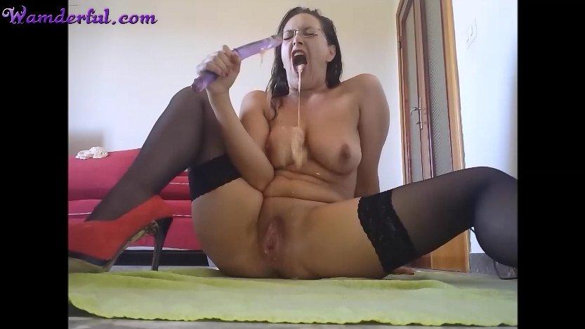 Wamderful - Claudia Shitter Video 25