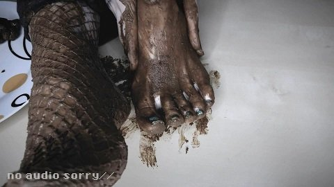 Please! Eat Shit from my Feet (Full-HD 1080p) Picture 4