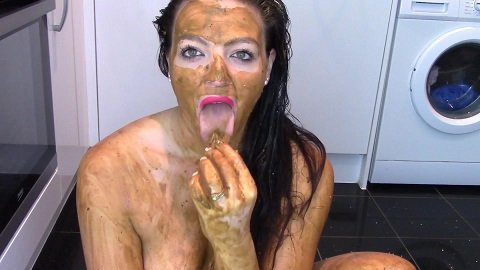 Evamarie88 - Lick, Suck And Chew Shit Then Extreme Smear - Image 4