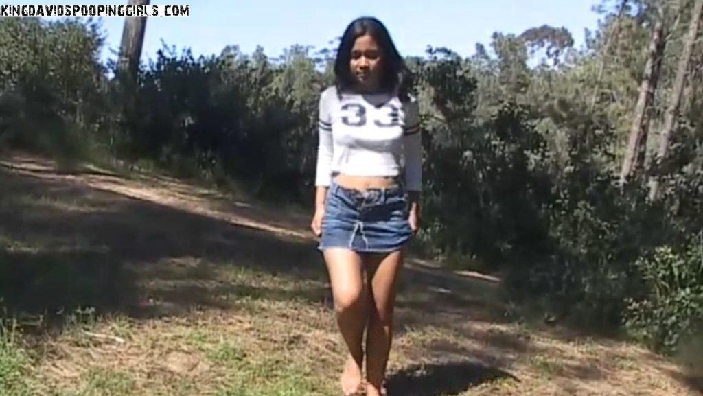 Kayla - Huge Fat Chunky Dump - Image 1