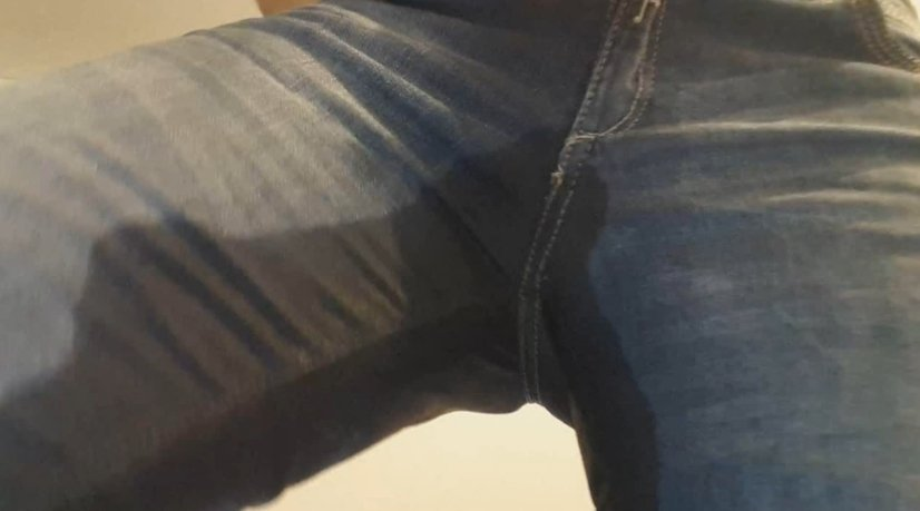 Blonde hard rub jeans poop - Thefartbabes (Full-HD) Image 2
