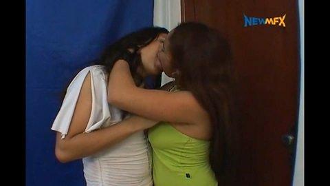 MY FAVORITE MEAL - NO CUTS - Iohana Alvez, Karla (NEWMFX)