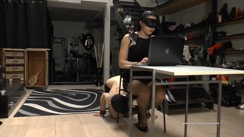 Mistress Gaia - Under the Desk (1080p)