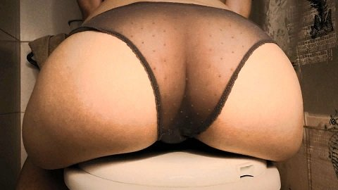 DirtyBetty - AMAZING Stinky Liquid PANTY POOPING (Full Hd 1080p)