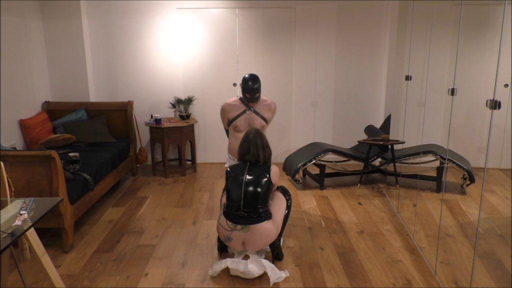 Mistress Evilyne – Scat Diaper Feeding humiliation (Full HD)