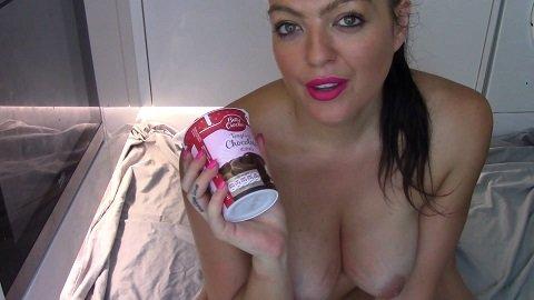 Evamarie88 - Chocolate Sauce And Legging Shit (FHD-1080p)