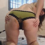 LindzyPoopgirl - Shitty Panty Pussy and Asshole Fuck (HD-720p / 366,19 Mb)