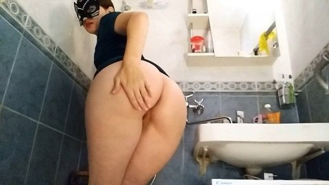 Nastygirl – Hot playing and pooping in shower (Full HD / 1080p / 928,63 mb)