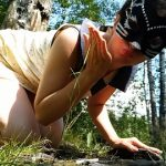 Nastygirl – Hot pooping in park during menstruation (Full-HD / 1080p / 697,95 mb)