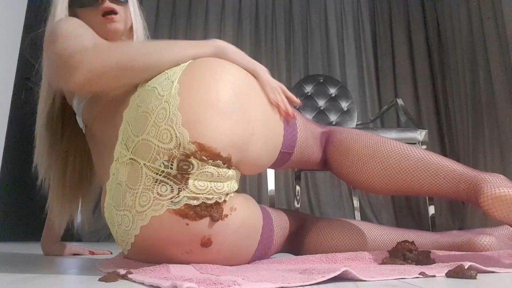 [2017] Seductive Messy Panties – Thefartbabes (Full HD / 1021,18 Mb)