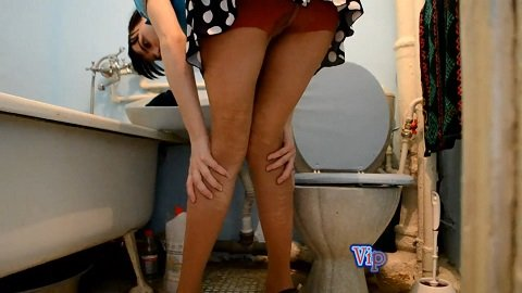 [unknown release date] Vip Model Nata - Diarrhea liquid in pantyhose and a toilet (383 Mb)