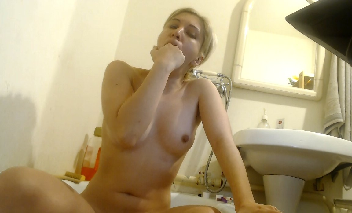 [2019] New Camgirl Vomit Action From Jessica Kay 199 Mb / HD-720p