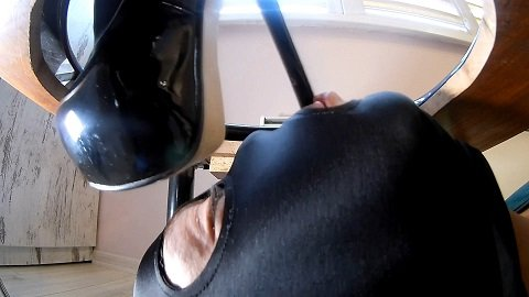 2019 Anna Mistress - Hairy Mistress Scat [688 Mb / FHD]